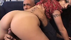 Indian babe with a thick butt gets fucked raw for the cameras