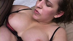 Chubby mom is getting a prick to eat and fucking her, leaving a creampie