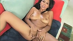 Cum-yearning babe spreads her legs for a rock-hard love muscle