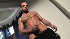 Stany Falcone reveals the sexy curves of his body and masturbates