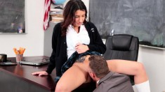 Sexy Slender Teen Gets Her Pussy Devoured And Fucked In The Classroom
