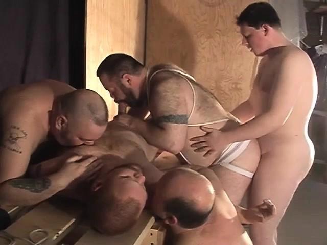 Nacked wemen striping each other