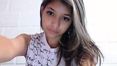 Amateur indian cutie solo masturbation show