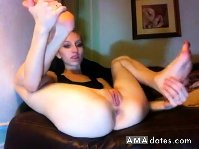 2 cuckolds eating sex cream pie and