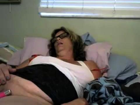 KRIS: Mature bbw webcam masturbation