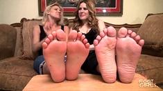 MILF indulges stud in his foot fetish