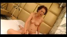 Japanese tart sucks cock fucks doggystyle