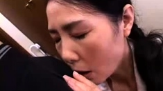 Japanese girls love to lick pussies